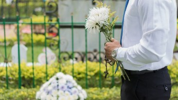 The 3 Common Business Mistakes Funeral Directors Make 10