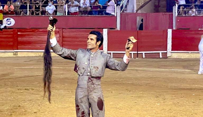 Emilio de Justo destaca en el festival de Inca
