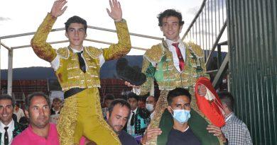 Manuel Perera indulta a un extraordinario «Belicoso» y el toreo de Burdiel le acompaña a hombros
