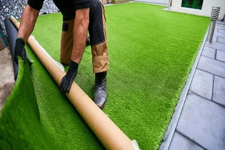 How to Lay Grass Carpet