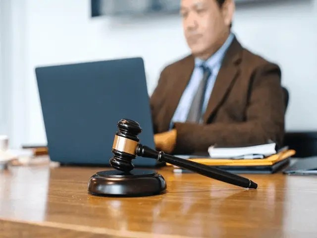What Is A Stenographic Machine And How Court Reporters Use It