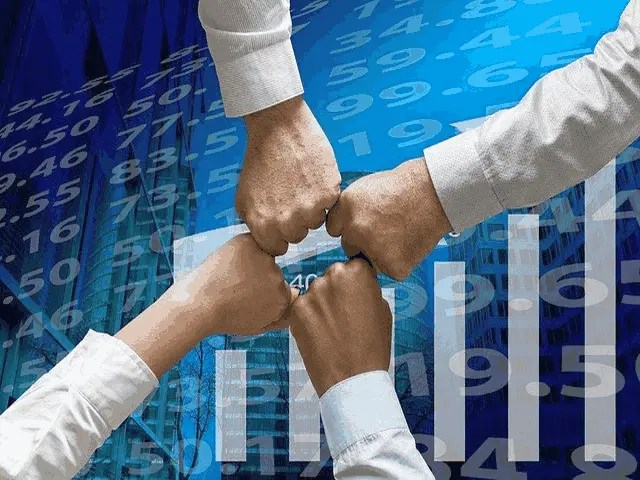 Pros Associated With Corporate Finance