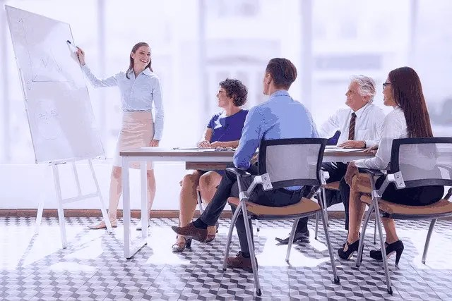 Top 5 Tips On How To Train New Sales Agents 1