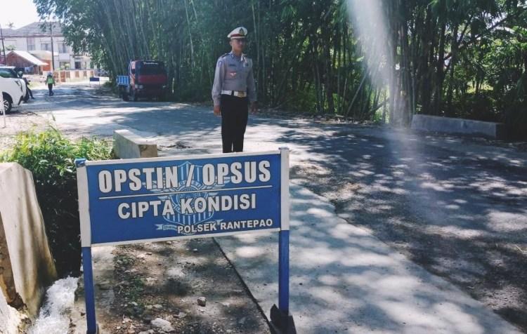 Unit Lantas Polsek Rantepao Gelar Operasi Rutin Guna Menekan Potensi Laka Lantas di Toraja Utara.