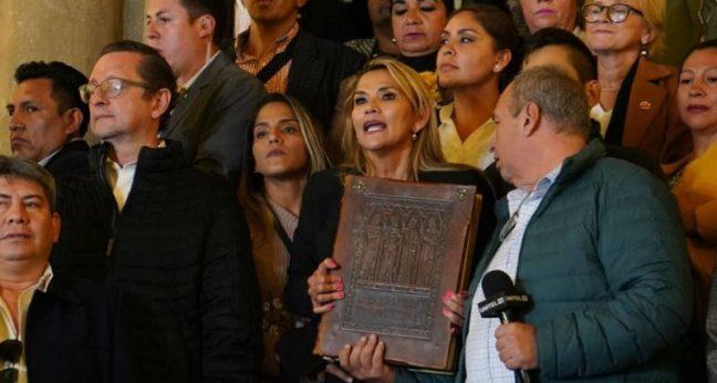 Resultado de imagen para golpe en bolivia religion