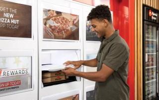 PIZZA HUT экспериментирует с автоматической доставкой