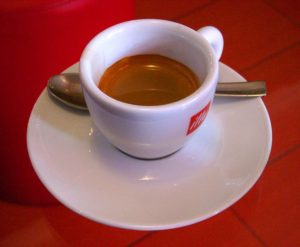 Tazzina di caffè a Ventimiglia - Wikimedia Commons