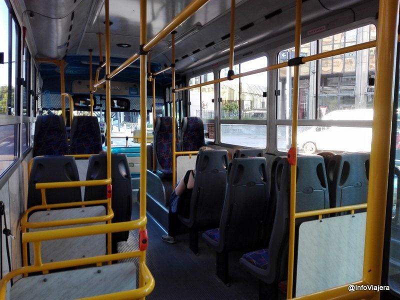 buenos_aires_colectivo_interior_asientos_equipaje_aire_acondicionado