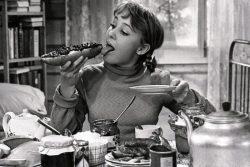 Девчата - фильм 1961. Как сложились судьбы героинь легендарного фильма