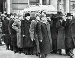 Похороны первых лиц: как хоронили Ленина, Сталина, Хрущева, Брежнева, Андропова