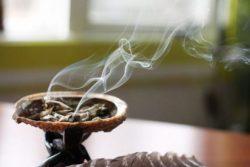 Негативная энергия дома - вот как очистить от нее дом самостоятельно