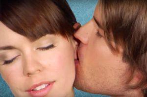 Виды поцелуев и их значение