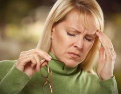 Почему при высоком и низком давлении кружится голова: что делать? В чём опасность и как лечить