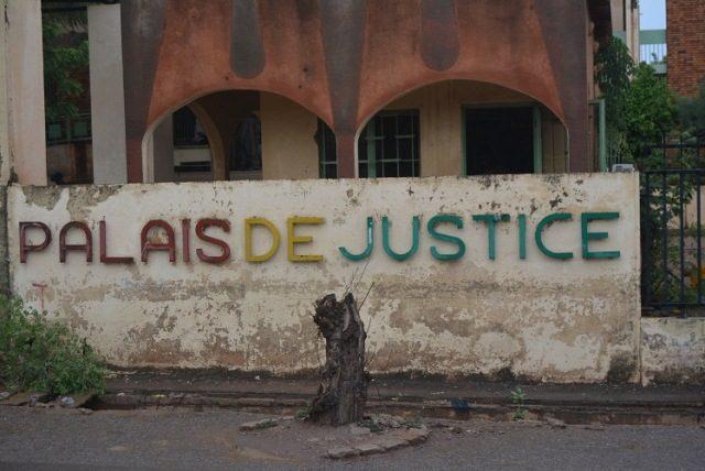 Au Palais de Justice : Il joue le guetteur et écope de 24 mois de prison