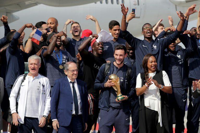 France et Afrique, Noah insiste