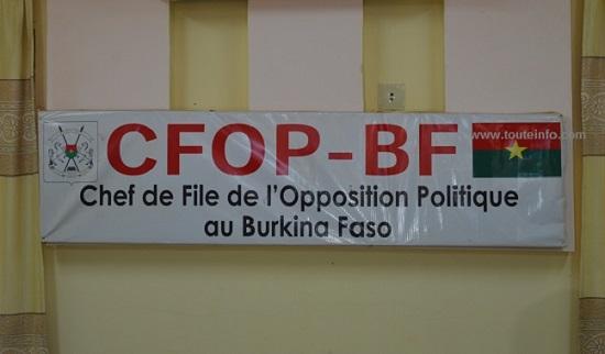 Dialogue politique : l'opposition dresse sa liste de sujets