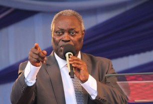 Pastor Kumuyi Warns To Return Tithes, Offerings, Gives Reasons