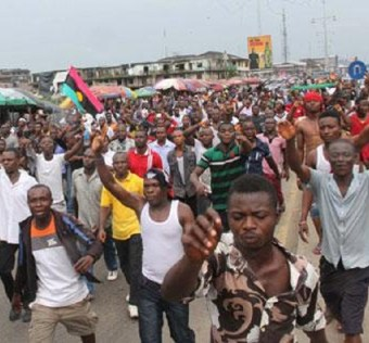 No Restrict No Surrender! Watch What angered IPOB members are doing now in Nnewi Anambra state
