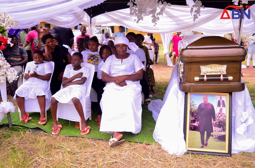 Tears As popular Nigerian politicians was led to rest (Photos)