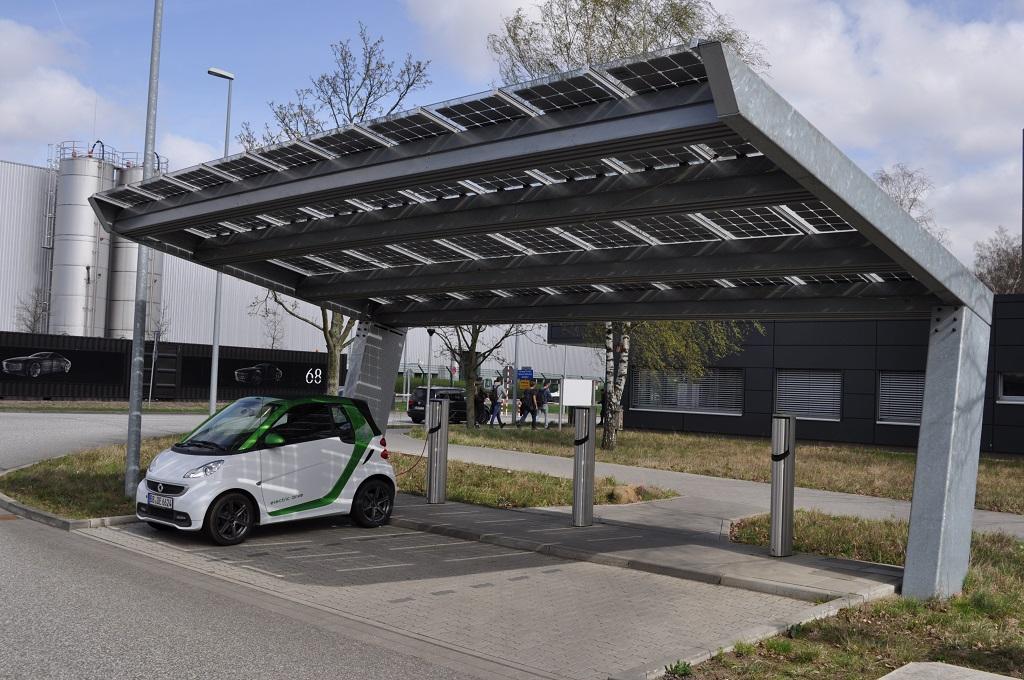 Solar carport Mercedes