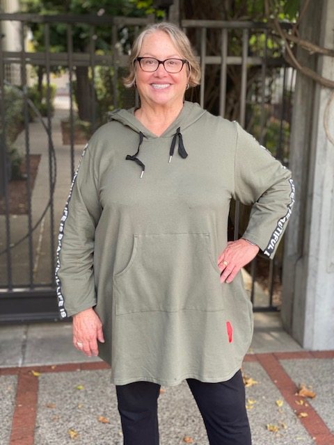 Transparente 'Life is Beautiful' Hooded Pullover-Khaki