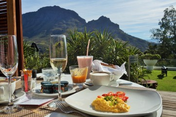 Breakfast at Clouds Estate