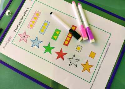 Cuenta formas y escribe el número (0 al 5)