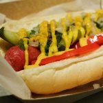 Como é o Chicago-Style Hot Dog?