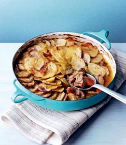 Como é o prato Lancashire Hotpot?