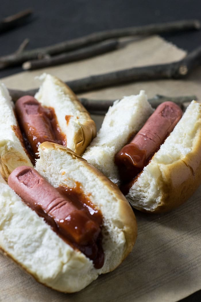 Receita de Halloween: Bloody Finger Hot Dog | Inglês Gourmet