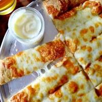 Como são os Garlic Cheese Fingers