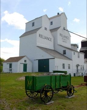 Reliance Elevator - Inglis Grain Elevators National Historic Site