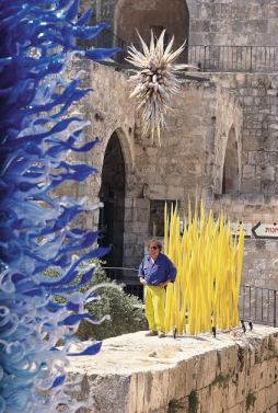 VISITDENVER-Dale Chihuly with Blue Tower, Star, and Yellow Spears, Jerusalem, Israel, 1999