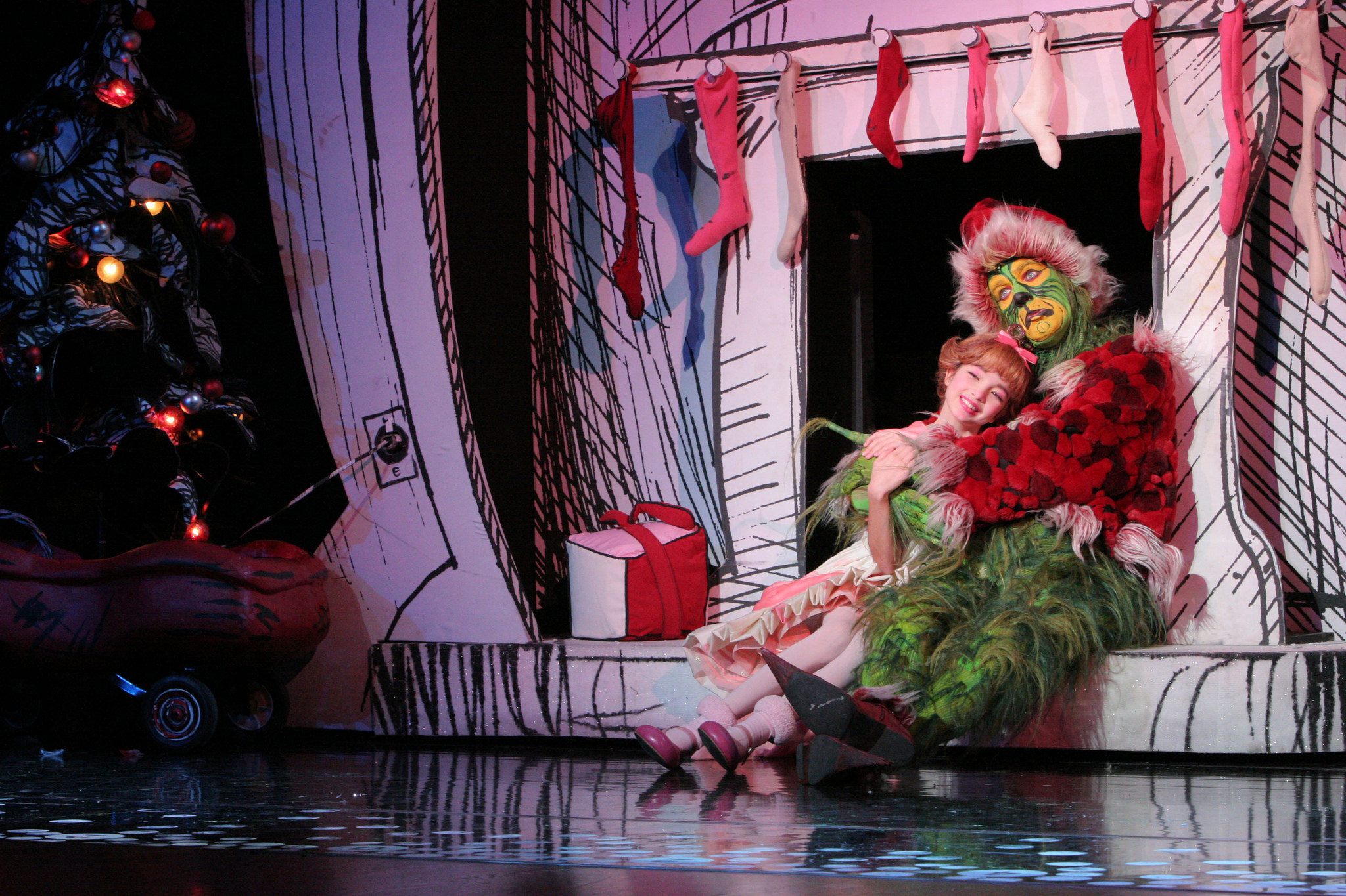 how the grinch stole christmas and our hearts - How The Grinch Stole Christmas 2014