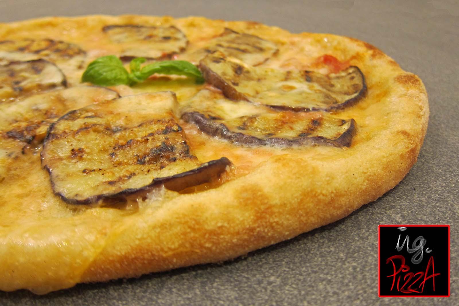 PIZZA CON MELANZANE GRIGLIATE