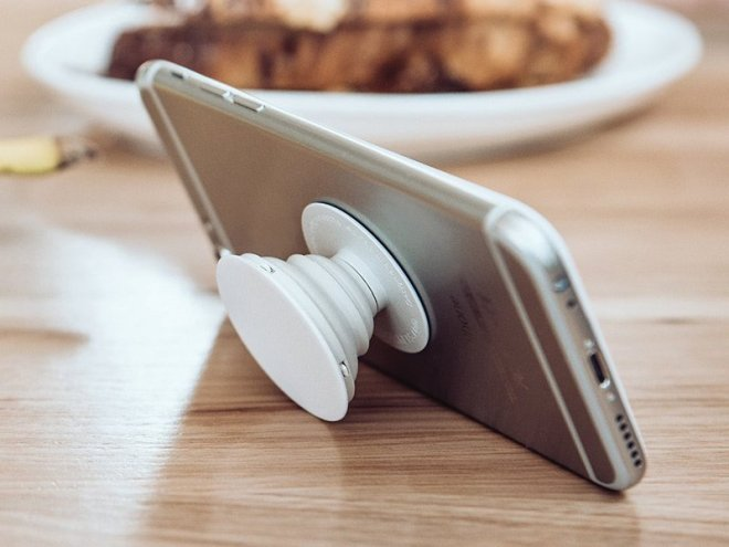 a-phone-grip-and-stand