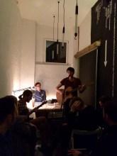 Robert Wenzl (rechts) und Band.