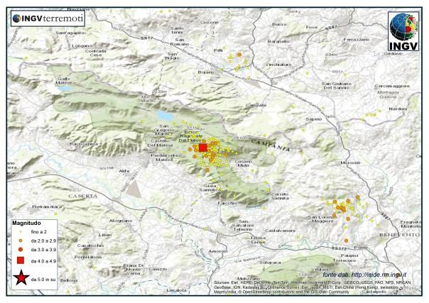 La sequenza nei Monti del Matese durante il 2014. Si nota a sud-ovest un'altra sequenza più piccola in provincia di Benevento.