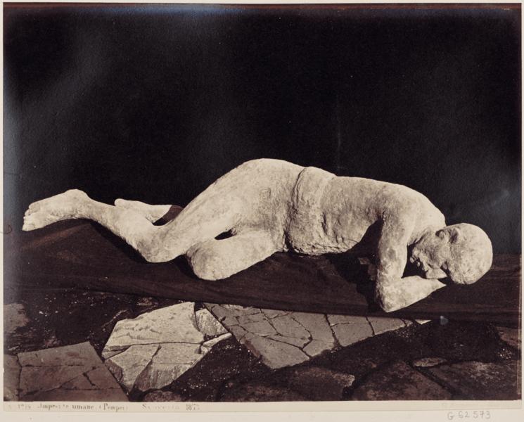 fig 5 - Sommer,_Giorgio_(1834-1914)_-_n._1279_-_Impronte_umane