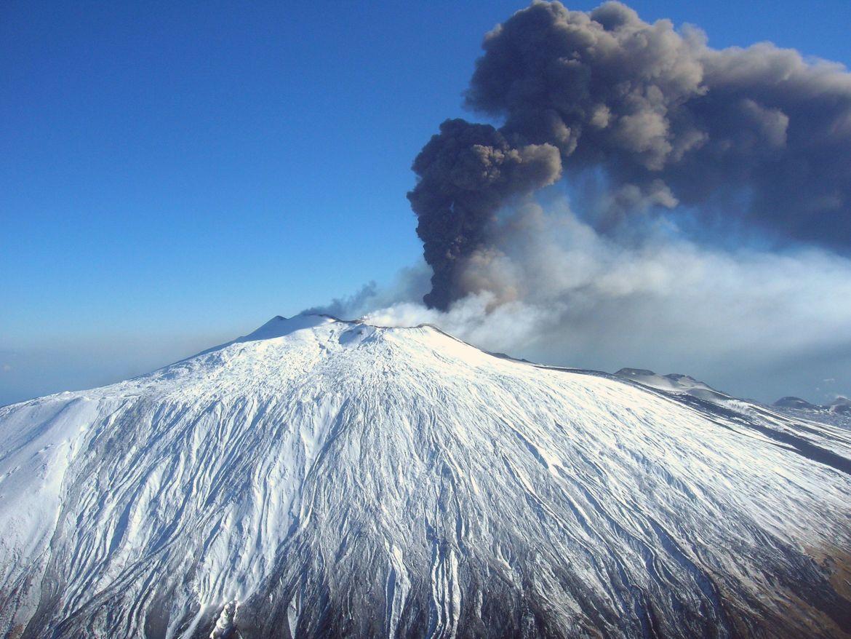 Etna eruzioni storiche titolo 02