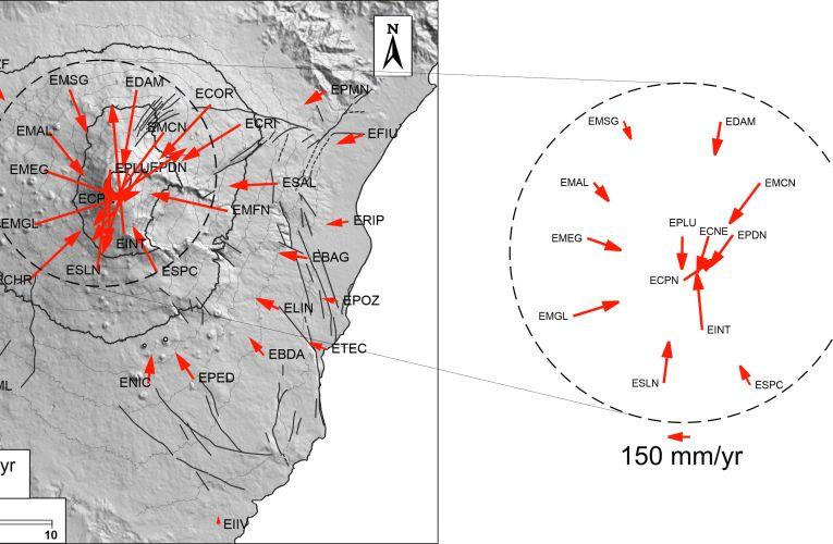 L'Etna erutta e si sgonfia: il monitoraggio delle deformazioni del suolo