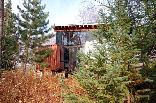 holyoke cabin, off grid, prefabricated housing, prefab housing,  prefabs, modular housing, green design, green housing, green  architecture, eco design, sustainable design