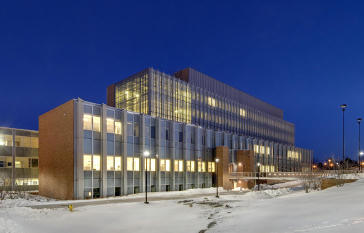 Eastern Michigan University, EMU, Science Center, EMU Science Center, Inhabitat, Sustainable Building, Green Building, Sustainable Architecture, Green Architecture, LEED Certification, Lord Aeck Sargent