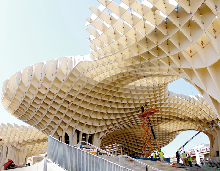 https://i2.wp.com/inhabitat.com/wp-content/blogs.dir/1/files/2011/03/metropolparasol1.jpg