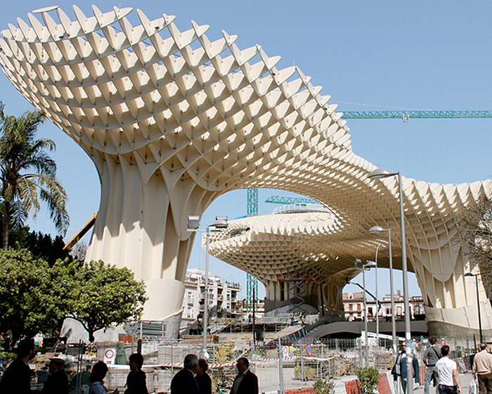 https://i2.wp.com/inhabitat.com/wp-content/blogs.dir/1/files/2011/03/metropolparasol2.jpg
