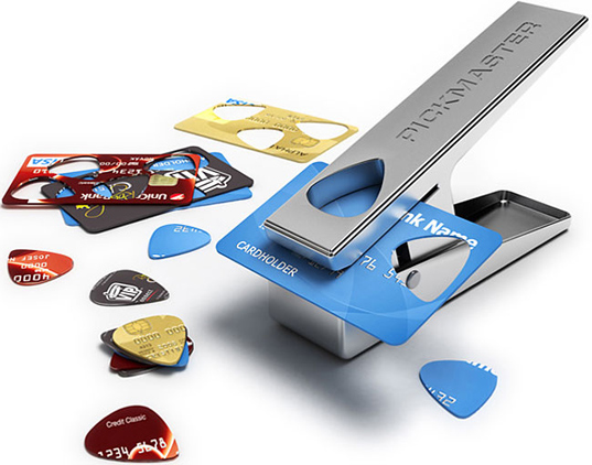 Pickmaster Plectrum Punch, guitar pick punch, recycled credit card, guitar pick, sustainable design, green design, use for old credit cards
