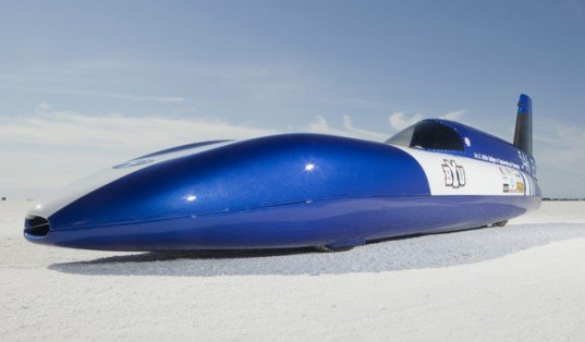 green design, eco design, sustainable design, Brigham Young University, Electric car, Bonneville Salt Flats, Electric car speed record, Class E1, Streamliner, Electric Blue, Perry Carter