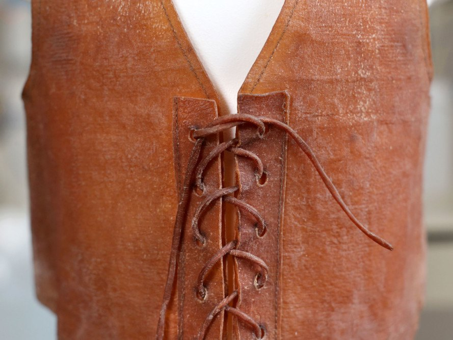fermented tea leather, fake leather, faux leather, ecouterre, kombucha leather, SCOBY leather, Iowa State University