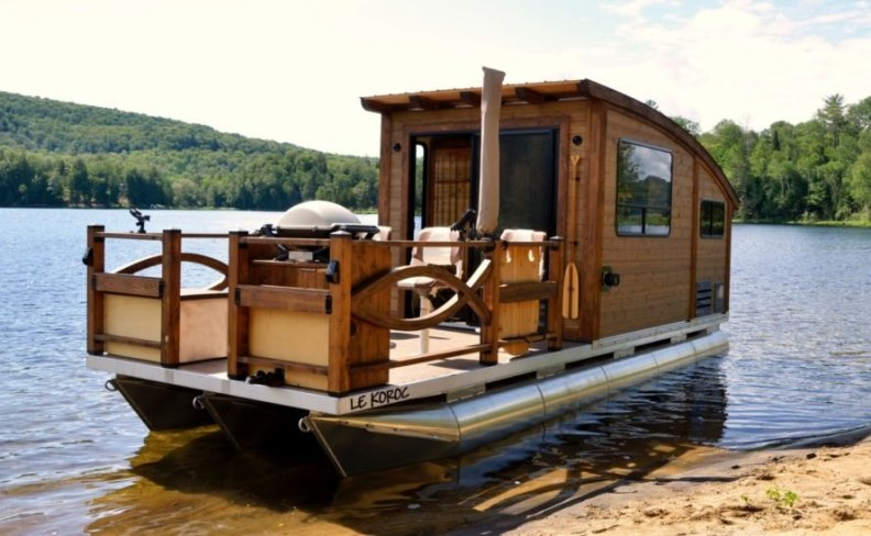 tiny wooden house boat