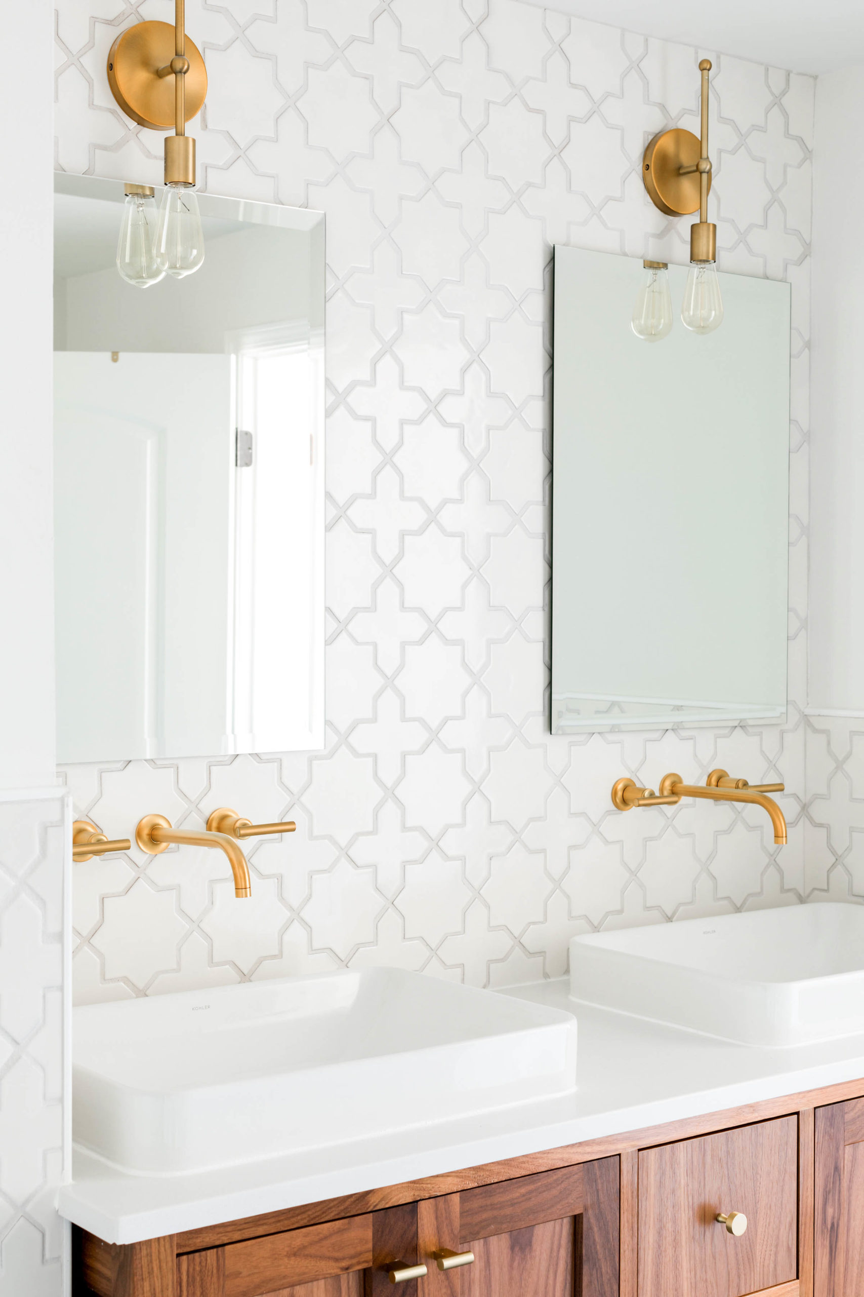 https inhonorofdesign com 2020 02 budget friendly bathroom tile tips to consider